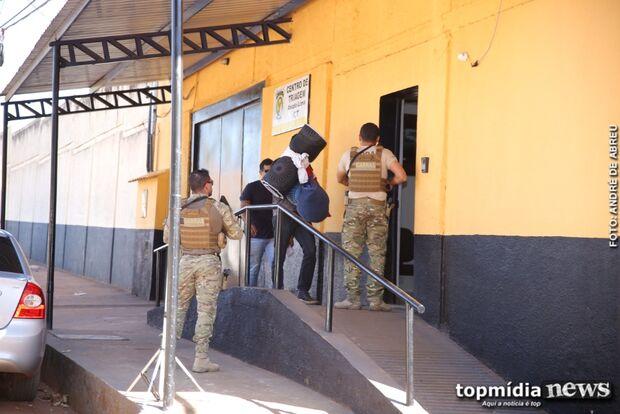 Guarda municipal flagrado com arsenal de guerra  é encaminhado para presídio