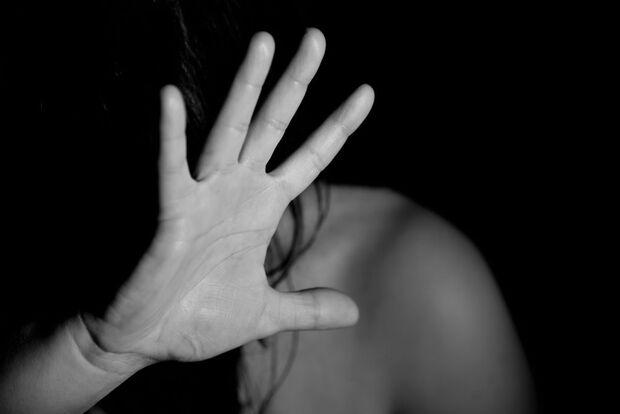 Homem é preso após agredir e cortar pulsos da ex-mulher em cidade do MS