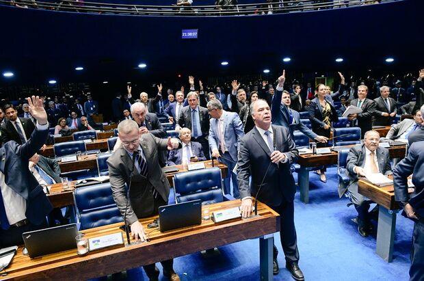 Senado aprova MP que reestrutura ministérios; texto segue para sanção