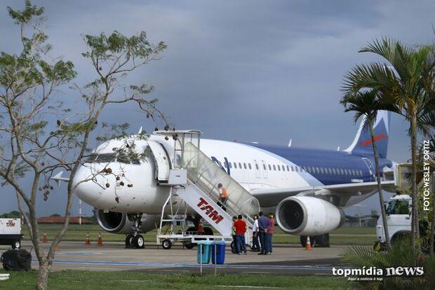 Aeroporto opera normalmente, mas tem quatro voos cancelados