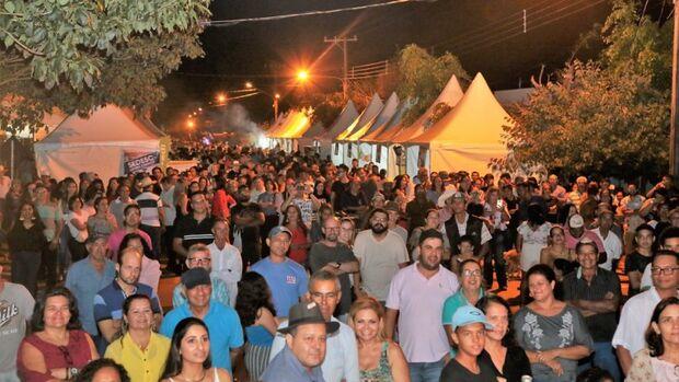 Festa do Queijo de Rochedinho atrai público de mais de 5 mil pessoas