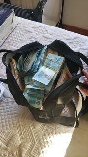 Operação Atalhos apreende caixas de dinheiro em empresas