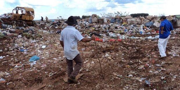 Polícia Civil investiga feto encontrado em lixão