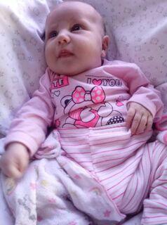 Após luta de mãe, bebê de um mês com pneumonia consegue vaga na Santa Casa