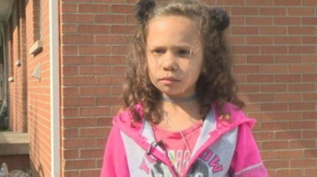Funcionário da escola humilha menina de 6 anos sem dinheiro pro lanche