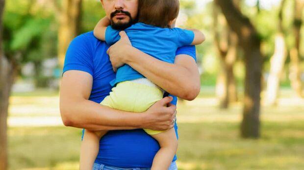 'Quero dar meu menino de 2 anos pra adoção', desabafa pai solteiro