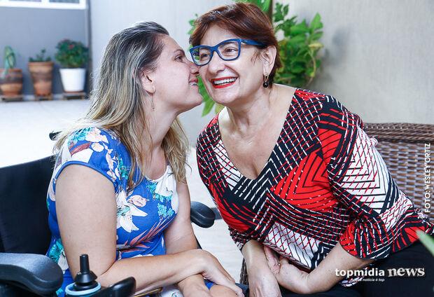 Fabrícia viu na mãe exemplo de força que a inspirou a ser forte diante das dificuldades