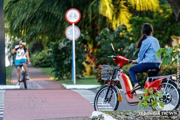 Com ruas cheias de bikes elétricas, veja o que pode ou não nas vias de Campo Grande