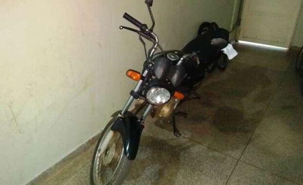 Final feliz: PM recupera moto após furto em frente à escola