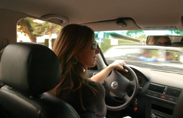 Mulher ao volante, perigo constante? Em MS, 69% dos acidentes são provocados por homens