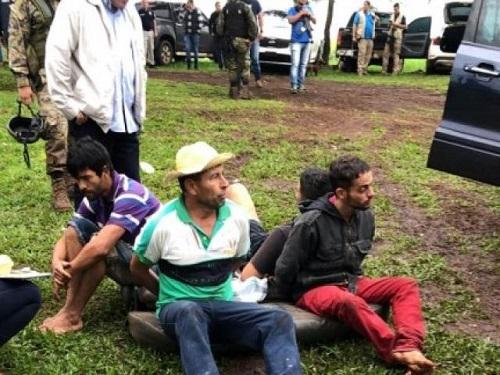 Brasileiro está entre mortos de confronto com a polícia que levou seis 'pra vala'
