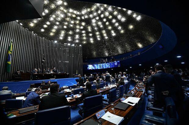 Vontade de Bolsonaro, a de manter o Coaf com Moro, é testada no Senado