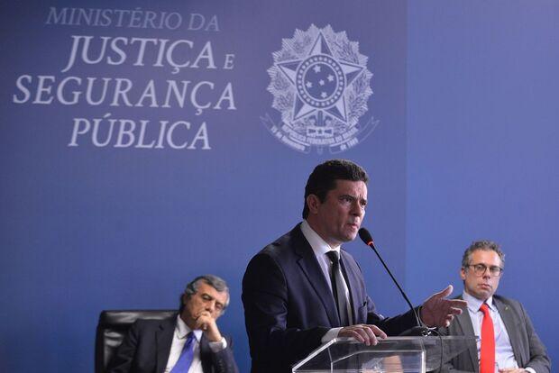 Pesquisa Itop: Moro ainda é o superpoderoso ministro de Bolsonaro