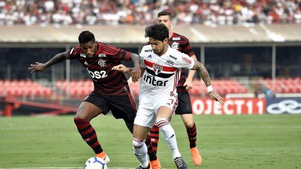 São Paulo e Flamengo empatam no Morumbi