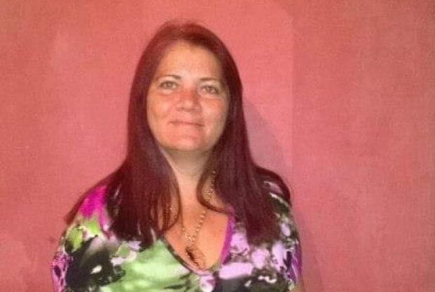 Mulher morre e outras duas pessoas são baleadas durante assalto a ônibus