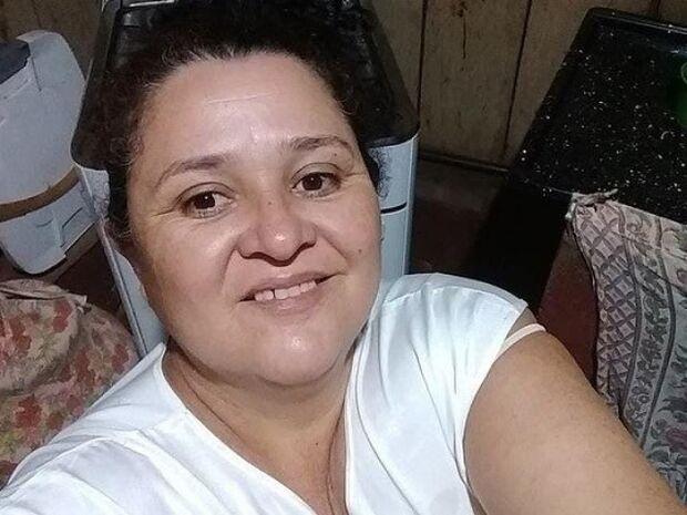 Mulher é morta com tiro no rosto pelo marido em fazenda