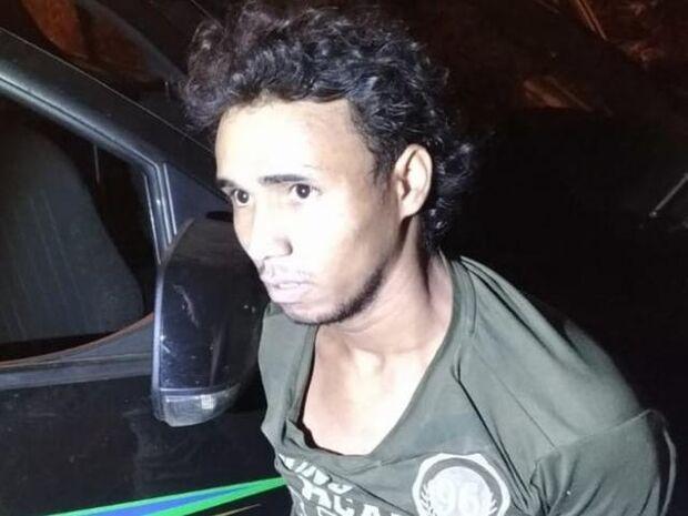 Homem que matou padrasto com facada no rim é preso em MS
