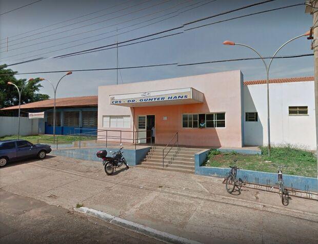Casal é preso por maus-tratos após morte de bebê de 7 meses em centro de saúde de Campo Grande