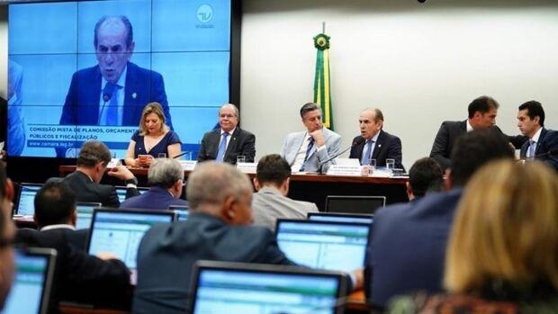 Bancada de MS vota em peso pela medida que autoriza R$ 248,9 bilhões extras para Bolsonaro