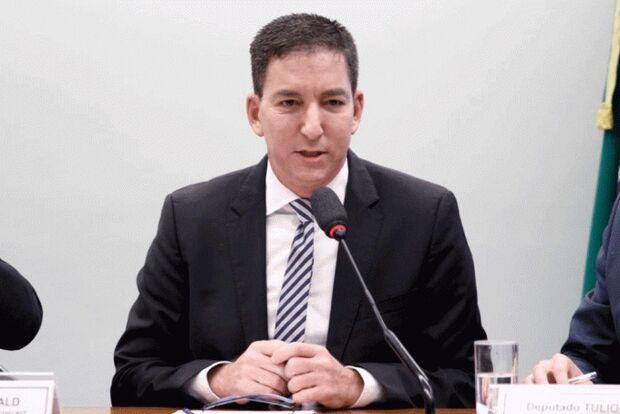 Glenn Greenwald dá explicações na Câmara e diz que tática de Sérgio Moro é 'cínica'