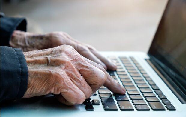 Casos de pessoas com demência devem triplicar até 2050