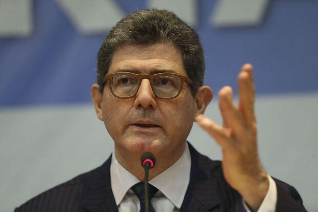 """Presidente do BNDES pede demissão; ontem, Bolsonaro disse que Levy estava """"com a cabeça a prêmio"""""""
