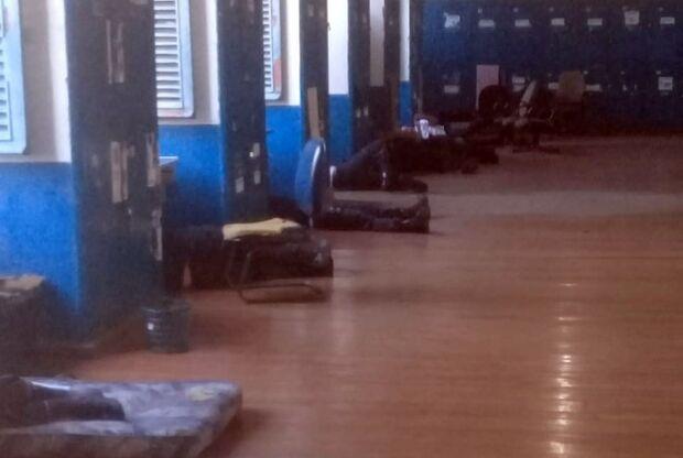 Policiais militares são obrigados a dobrar carga horária de trabalho por causa da greve