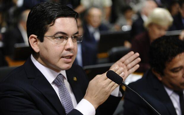 Desconhecidos ameaçam senadores que votaram contra projeto de Bolsonaro