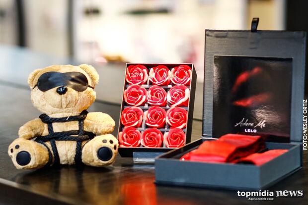 Querendo sair da rotina no Dia dos Namorados? Sexóloga dá dicas de produtos e brinquedos!