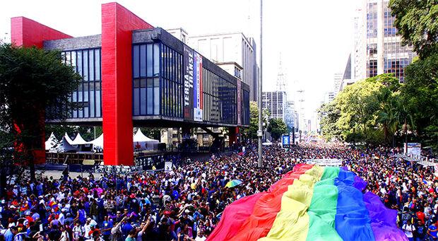 Primeira edição da Parada LGBT no governo Bolsonaro acontece hoje em São Paulo