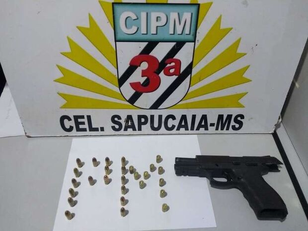 Homem é preso por porte ilegal e disparo de arma de fogo na fronteira