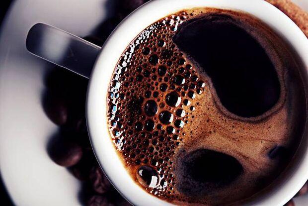 Café: consumir até 25 xícaras por dia não afeta o coração, define estudo