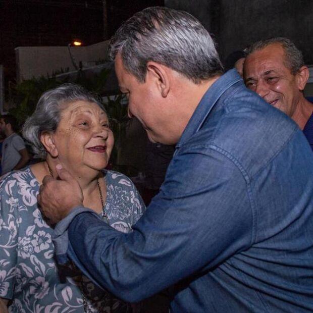 """""""Uma pessoa muito à frente de seu tempo"""", diz Beto Figueiró sobre a mãe"""