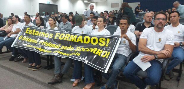 Aprovados no concurso da Agepen fazem novo protesto em busca da nomeação