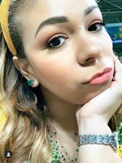 Mulher de Thiago Silva polemiza ao falar sobre morte de blogueira: 'vai queimar no inferno'
