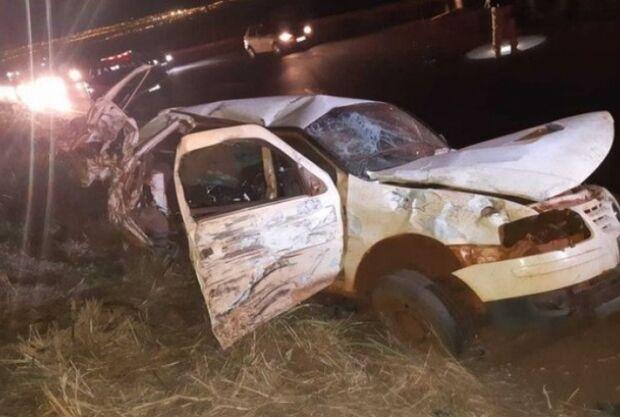 Acidente de carro mata mulher e dois filhos bebês; motorista não tinha habilitação