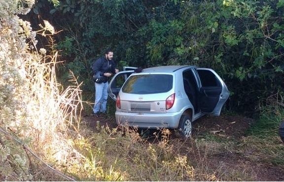 Repórter Top: motorista perde controle de veículo e bate em árvore em Campo Grande