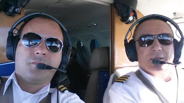Copiloto faz homenagem para piloto que morreu dentro de avião em Campo Grande