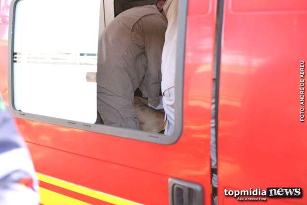 Após 40 minutos de reanimação, homem prensado por ônibus morre em Campo Grande