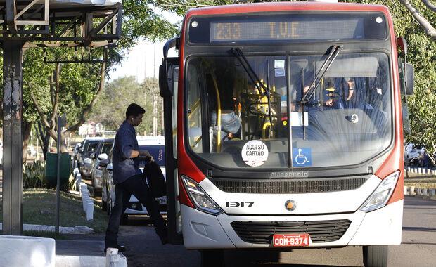 Detran/MS começa a funcionar por oito horas; horários de ônibus mudam