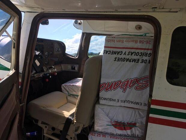 PF e FAB apreendem avião carregado com 450 kg de cocaína