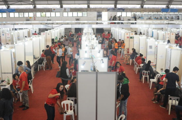 UFMS expõe mais de 200 projetos na Fetec MS e Mostra Nacional das Feiras de Ciência