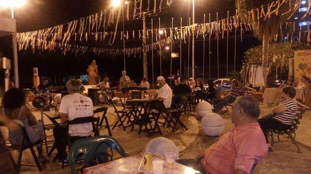 Cardápio seresteiro retorna à praça dos imigrantes nas terceiras quartas-feiras de cada mês
