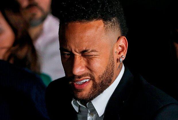 Neymar é 'inocentado' em caso de estupro e agressão contra modelo em Paris