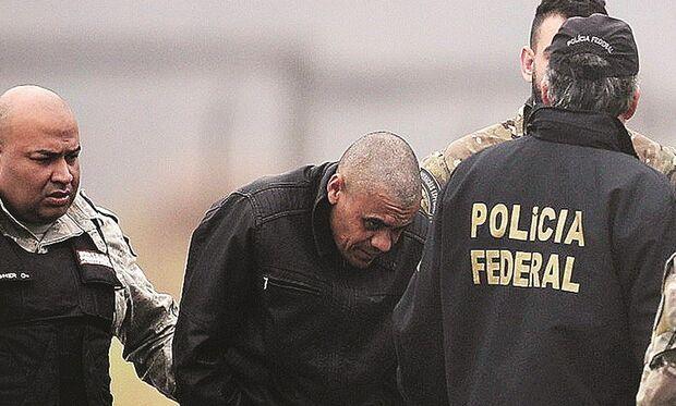 Bolsonaro e MPF não recorrem e caso de Adélio Bispo é arquivado pela Justiça