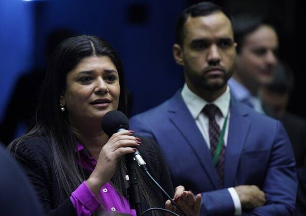 Deputada Rose Modesto propõe audiência pública para cobrar explicações do Inep sobre o Enem