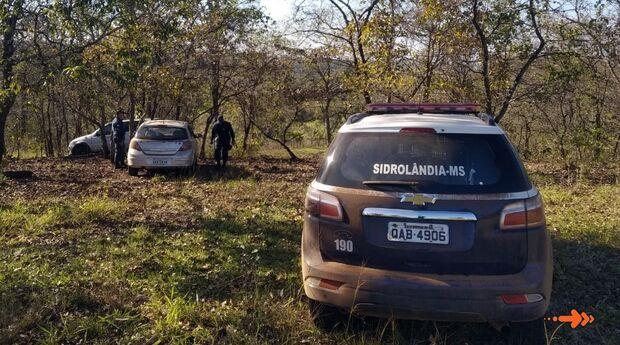 Polícia apreende mais de uma tonelada de maconha em S-10 abandonada em estrada vicinal