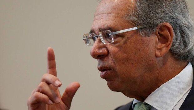 Saques do FGTS e PIS-Pasep devem liberar R$ 63 bilhões, prevê Paulo Guedes