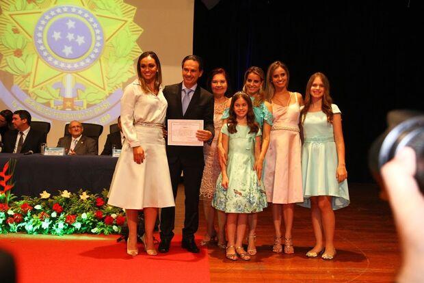 No Dia dos Pais, Marquinhos fala da saudade de Nelson Trad e do orgulho das filhas