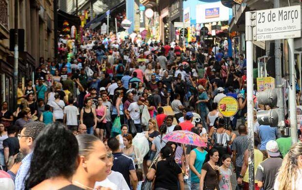 Salário mínimo cruza faixa de R$ 1 mil ano que vem